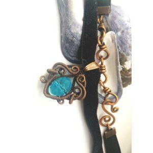 Vörösréz kék nyaklánc