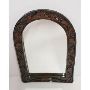 Kézműves kerámia tükör, barna színben