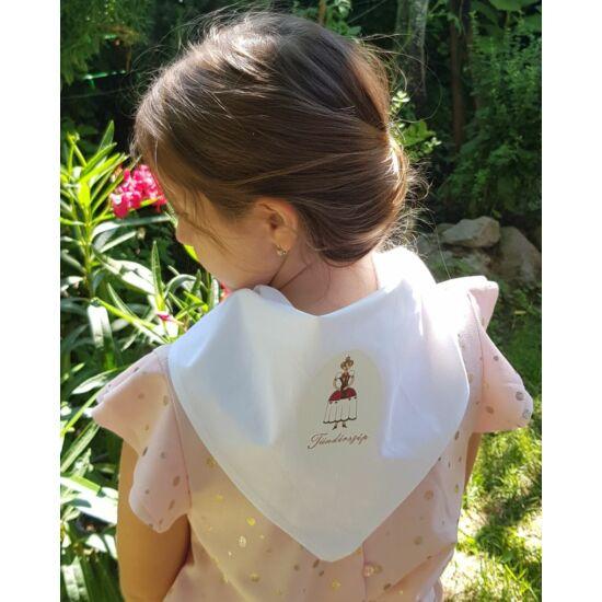 Mesehősös gyerekkendő, Tündérszépes mintával, fehér